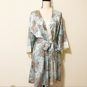 Morgan Taylor Women Wrap Robe Small